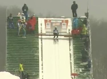 女子スキージャンプのゲート位置
