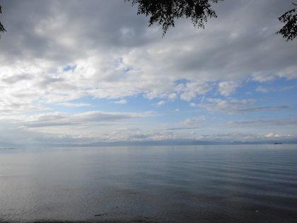 あのベンチは、琵琶湖の絶景を眺められる素敵な場所